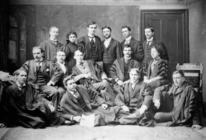 Comité de rédaction et des affaires universitaire, 1895, Credit: Library and Archives Canada / C-098304